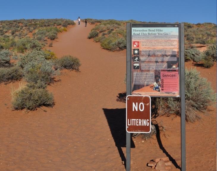 horseshoe-bend-trail sign